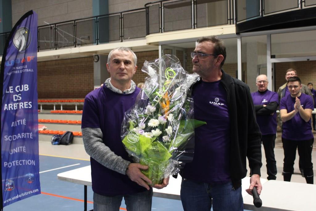 Frédéric Place, le fils de notre regretté Marcel lors de la remise des trophées.